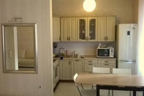 Сдается 4-комнатная квартира посуточно, Мичуринский проспект 9к 3.