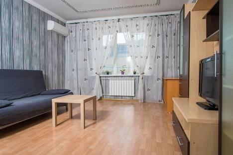 Сдается 2-комнатная квартира посуточнов Казани, Чистопольская улица, 70.
