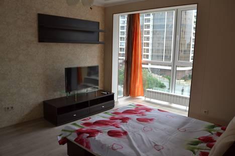 Сдается 2-комнатная квартира посуточно в Сочи, улица Войкова, 27.
