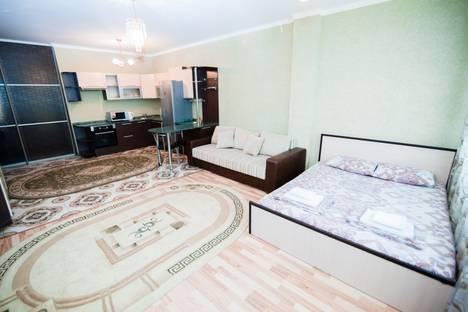 Сдается 1-комнатная квартира посуточно в Астане, улица Достык, 5/1.