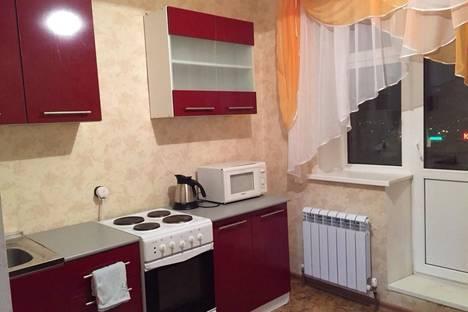 Сдается 2-комнатная квартира посуточно в Чехове, Ул.Молодежная 6А.