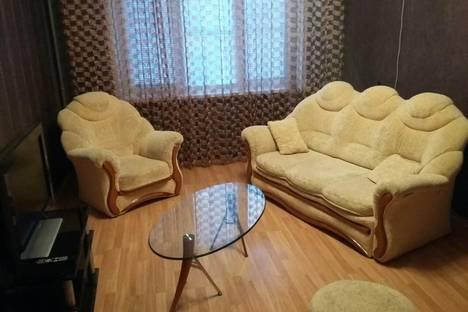 Сдается 3-комнатная квартира посуточнов Балакове, улица 30 лет Победы, 13.
