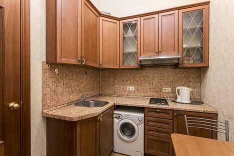 Сдается 2-комнатная квартира посуточнов Санкт-Петербурге, Невский проспект, 88.
