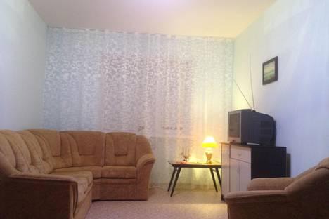 Сдается 1-комнатная квартира посуточно в Элисте, 4 мкр д. 39/2.