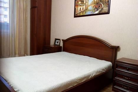 Сдается 1-комнатная квартира посуточно в Краснодаре, ул. Базовская Дамба, 8.