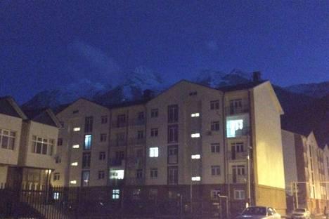 Сдается 2-комнатная квартира посуточно в Сочи, Красная Поляна, Эстонская улица 37.