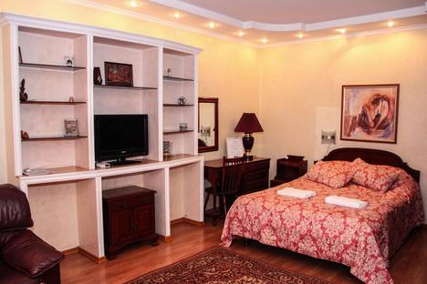 Сдается 1-комнатная квартира посуточнов Алматы, улица Тулебаева, 65.