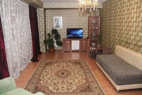Сдается 2-комнатная квартира посуточно в Алматы, улица Панфилова, 103.
