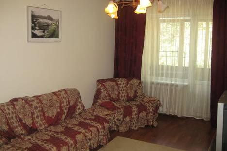 Сдается 3-комнатная квартира посуточно в Алматы, улица Панфилова, 30.