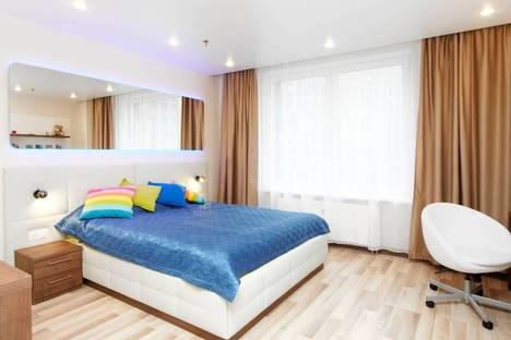 Сдается 1-комнатная квартира посуточнов Санкт-Петербурге, город улица Хошимина 16.