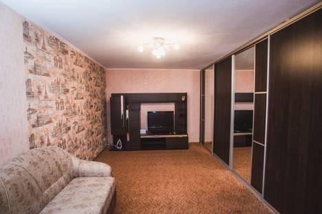 Сдается 1-комнатная квартира посуточнов Кургане, улица Кирова д.105.