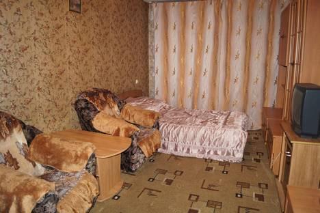 Сдается 1-комнатная квартира посуточнов Новотроицке, Советская улица, 115.