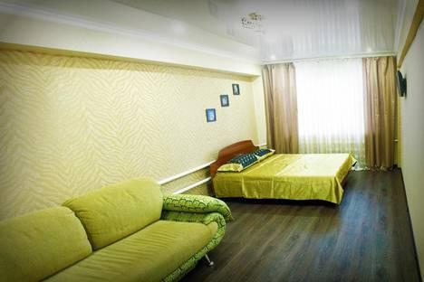 Сдается 1-комнатная квартира посуточнов Бийске, улица Мерлина, 20.