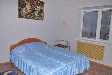 Сдается 3-комнатная квартира посуточно в Иванове, проспект Текстильщиков, 48.