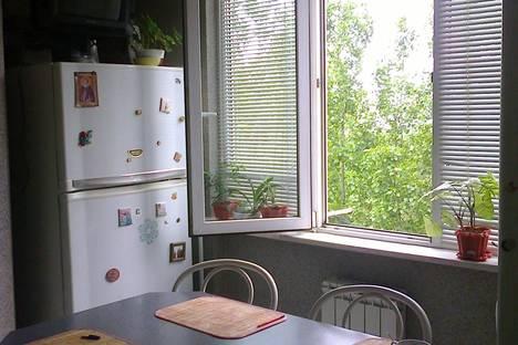 Сдается 3-комнатная квартира посуточно в Пятигорске, ул. Панагюриште д 8.
