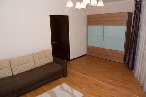 Сдается 1-комнатная квартира посуточнов Самаре, Революционная улица, 4.
