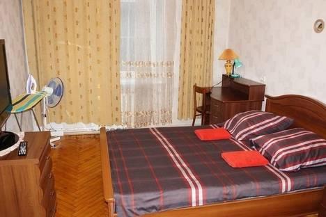 Сдается 2-комнатная квартира посуточнов Санкт-Петербурге, Варшавская улица, 114.