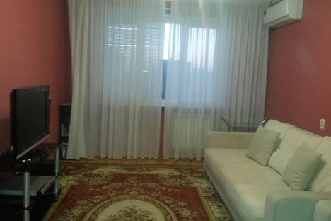 Сдается 2-комнатная квартира посуточно в Набережных Челнах, проспект Хасана Туфана, 8.