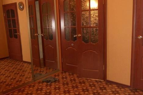 Сдается 2-комнатная квартира посуточнов Великом Устюге, Советский проспект, 8в.