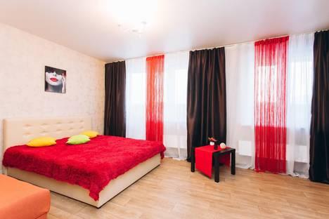 Сдается 1-комнатная квартира посуточнов Верхней Пышме, улица Академика Бардина, 2/1.