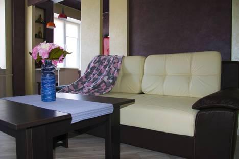 Сдается 2-комнатная квартира посуточно в Витебске, Комсомольская улица, 7.