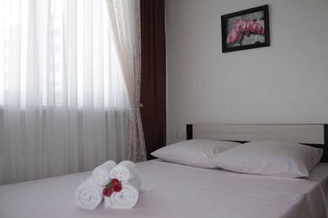 Сдается 2-комнатная квартира посуточно в Сургуте, улица Крылова, 26.