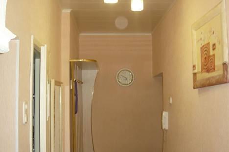 Сдается 2-комнатная квартира посуточнов Лиде, ул. ленинская 7а.