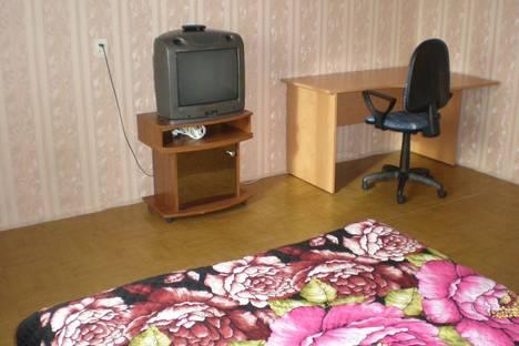 Сдается 2-комнатная квартира посуточно в Иркутске, микрорайон Первомайский, 90.
