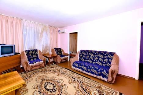 Сдается 3-комнатная квартира посуточно в Волгограде, ул. Пархоменко, 19.