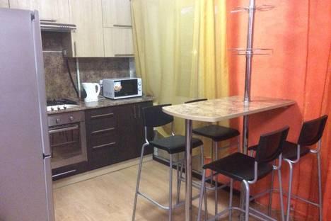 Сдается 2-комнатная квартира посуточнов Барнауле, Комсомольский проспект 37.
