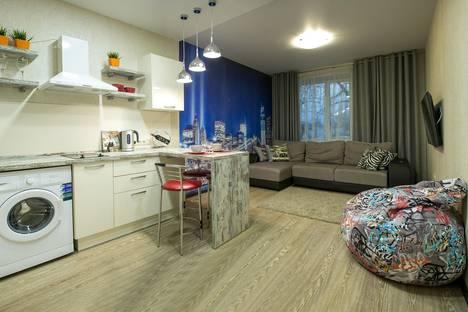 Сдается 2-комнатная квартира посуточнов Томске, Советская, 90.