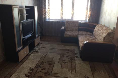 Сдается 3-комнатная квартира посуточно в Хабаровске, ул. Сысоева, 15.