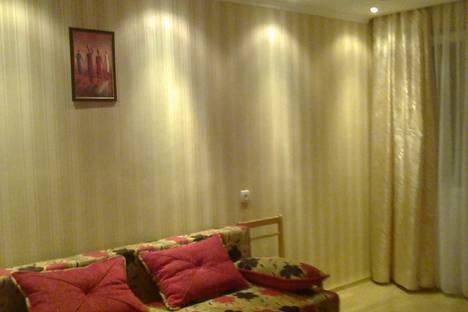 Сдается 1-комнатная квартира посуточно в Феодосии, ул Советская 23.