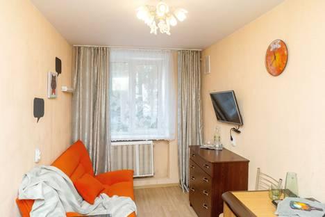 Сдается 1-комнатная квартира посуточно, улица Нахимова 2/30.