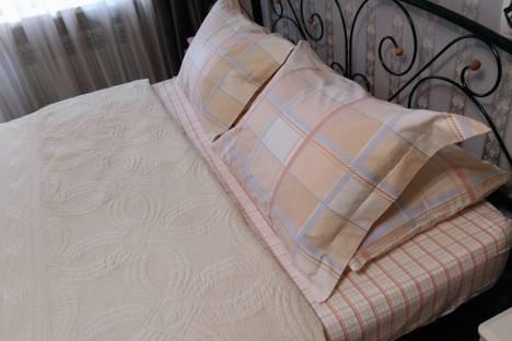 Сдается 1-комнатная квартира посуточно в Симферополе, улица Гагарина 38.