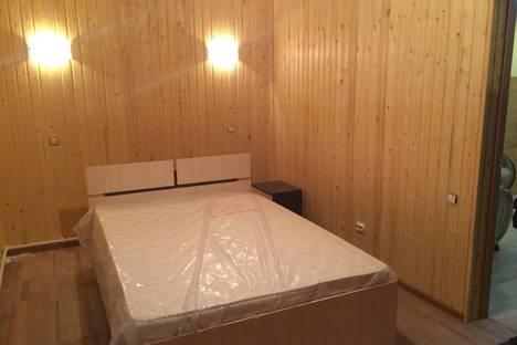 Сдается 4-комнатная квартира посуточно в Абзаково, школьная 44.