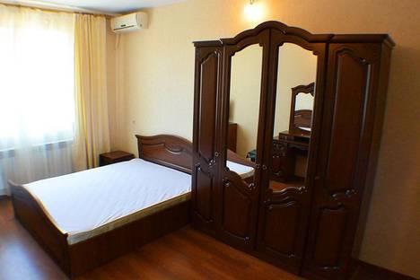 Сдается 1-комнатная квартира посуточнов Гагре, улица Хуторская, 69.