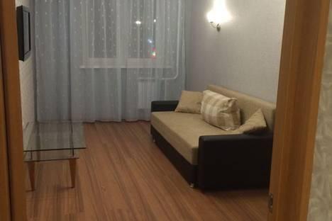 Сдается 1-комнатная квартира посуточнов Тюмени, ул. Николая Зелинского 5.