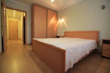 Сдается 2-комнатная квартира посуточнов Тюмени, улица Эрвье 30/1.