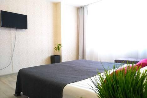 Сдается 2-комнатная квартира посуточно в Чебоксарах, ул. Фучика, д.30к1.