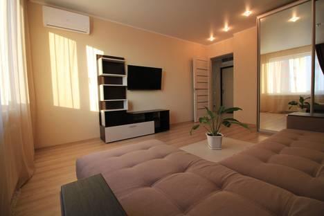 Сдается 1-комнатная квартира посуточнов Тюмени, Улица Тихий Проезд 4.
