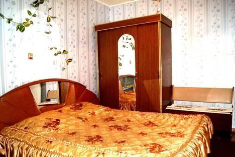 Сдается 2-комнатная квартира посуточно в Пскове, улица Ленина, 1.
