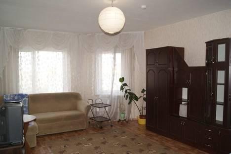 Сдается 2-комнатная квартира посуточно в Пскове, улица Шестака, 24.