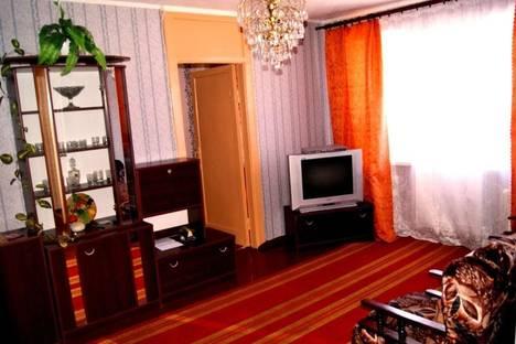 Сдается 2-комнатная квартира посуточно в Пскове, улица Яна Фабрициуса, 19.