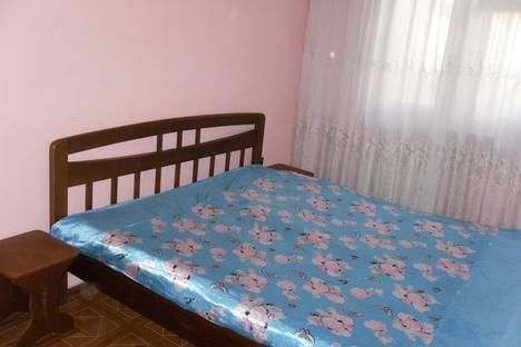 Сдается 3-комнатная квартира посуточно в Одессе, улица Космонавтов, 13.
