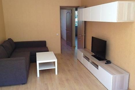 Сдается 2-комнатная квартира посуточново Владивостоке, Океанский проспект, 107.