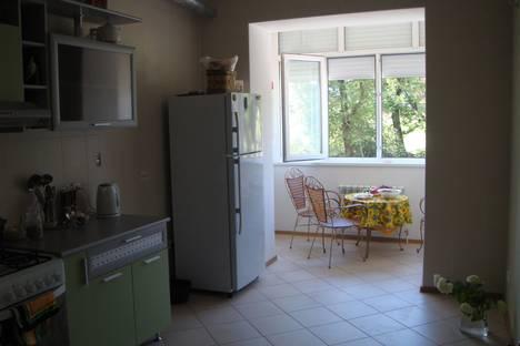 Сдается 3-комнатная квартира посуточно в Геленджике, Одесская улица 5а.