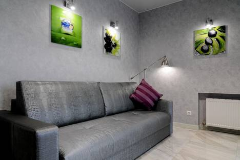 Сдается 2-комнатная квартира посуточно в Сыктывкаре, Первомайская улица 7/1.