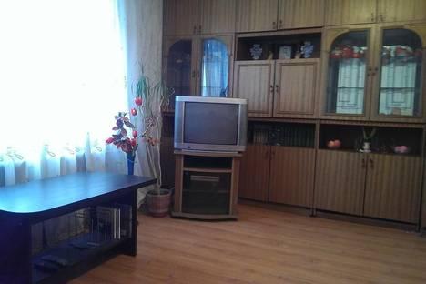 Сдается 2-комнатная квартира посуточно в Пинске, улица Ровецкая, 7.