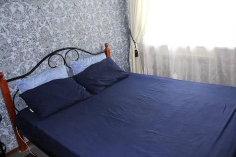 Сдается 3-комнатная квартира посуточно, улица Профинтерна, 55.